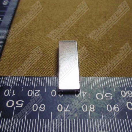 Aimant puissant neodymium N50 rect 30mm X 10mm X 3mm